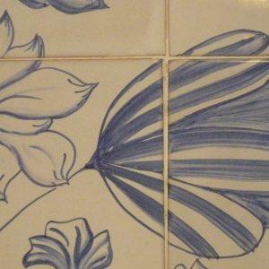 détail fresque sur carreaux de faïence